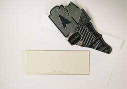 封筒とメッセージカードもセットになっています